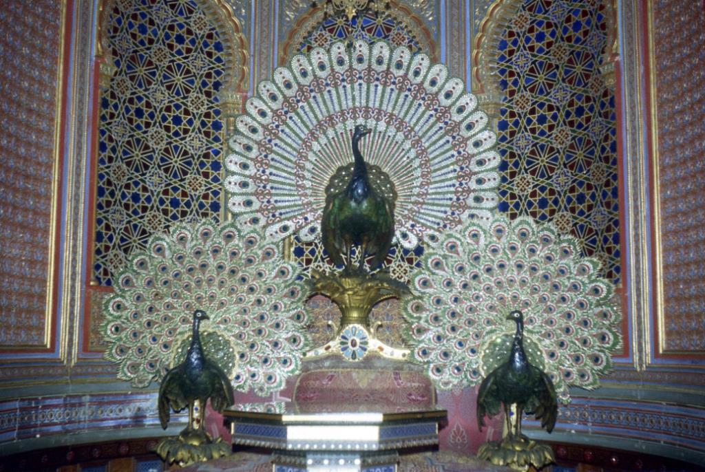Трон Павлина в Мавританском павильоне, Бавария Линдерхоф