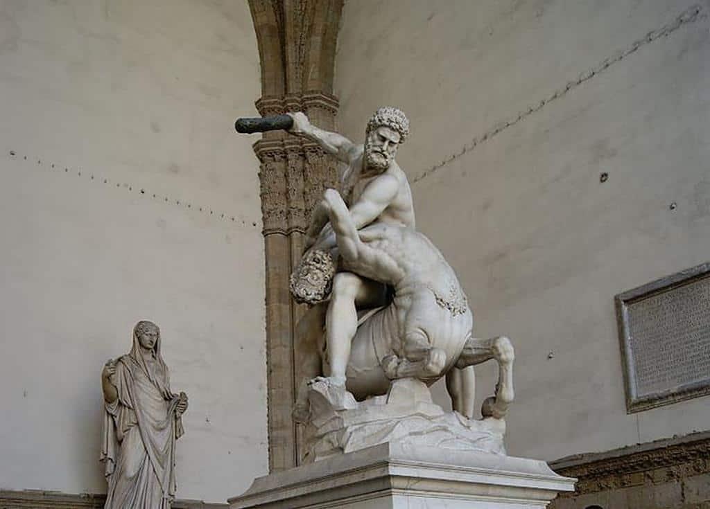 «Геркулес и Кентавр» скульптура Джамболоньи