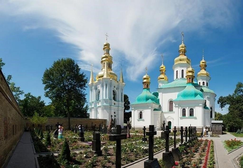 Церковь Рождества Пресвятой Богородицы на территории Киево-Печерской лавры