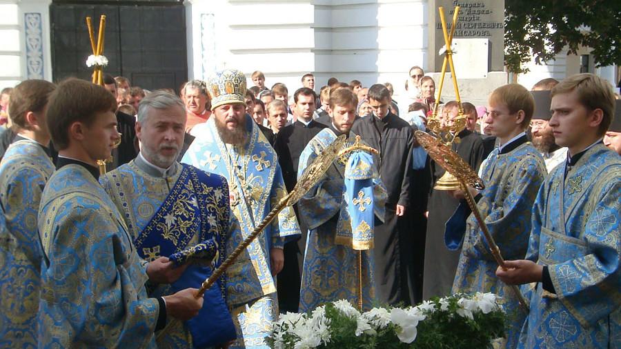 Богослужение в Киево-Печерской Лавре на Рождество Пресвятой Богородицы