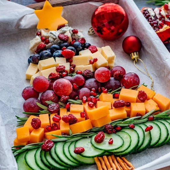 Елочка овощная новогодняя