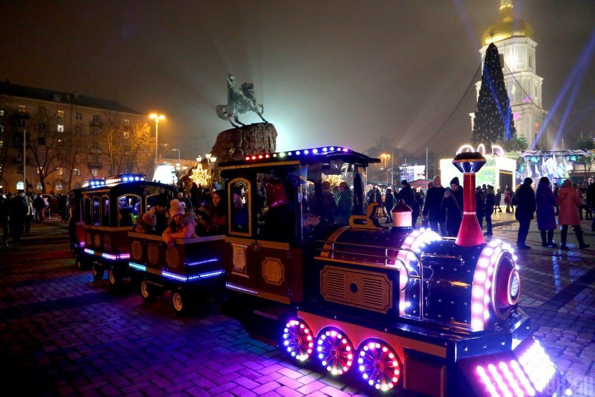 Новый год в Киеве на Софийской площади 2021