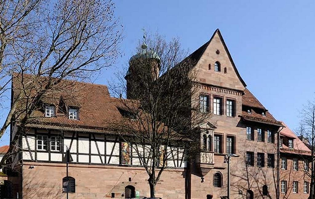 Замок Тухер - Museum Tucherschloss und Hirsvogelsaal