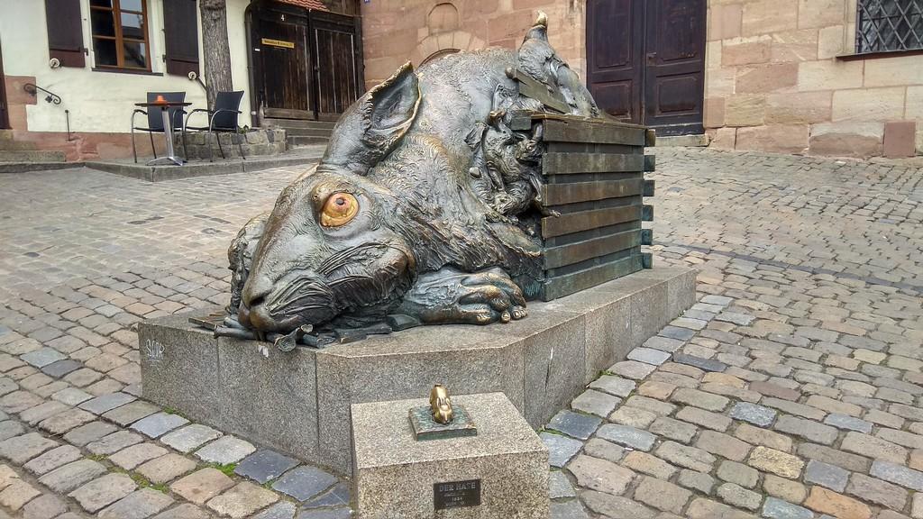 Скульптура зайца (Der Hase), Нюрнберг (Бавария)