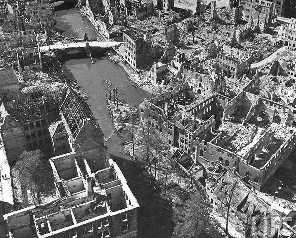 Нюрнберг в руинах, Бавария 1945 г.
