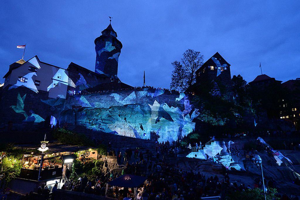 Праздник «Die Blaue Nacht» (Голубая ночь), Нюрнберг весной (Бавария)