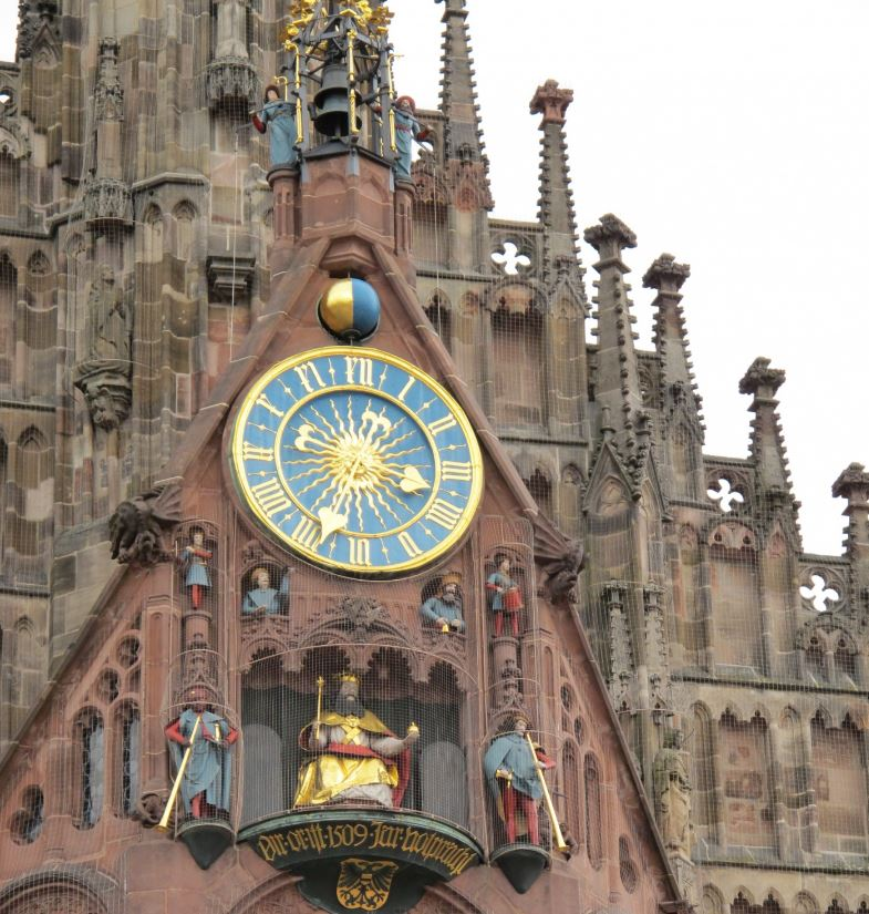 Часы «Мэннляйнлауфен» (Männleinlaufen)