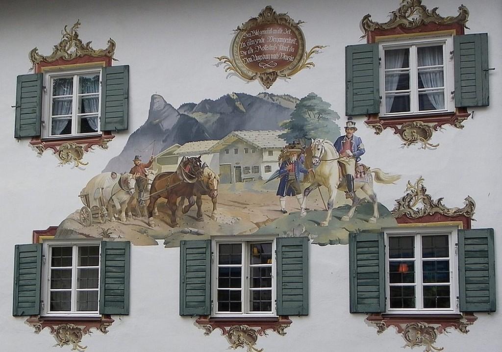 Фреска на торце отеля Старая почта - Alte Post