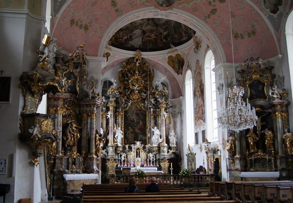 Интерьер церкви Святого Петра и Павла