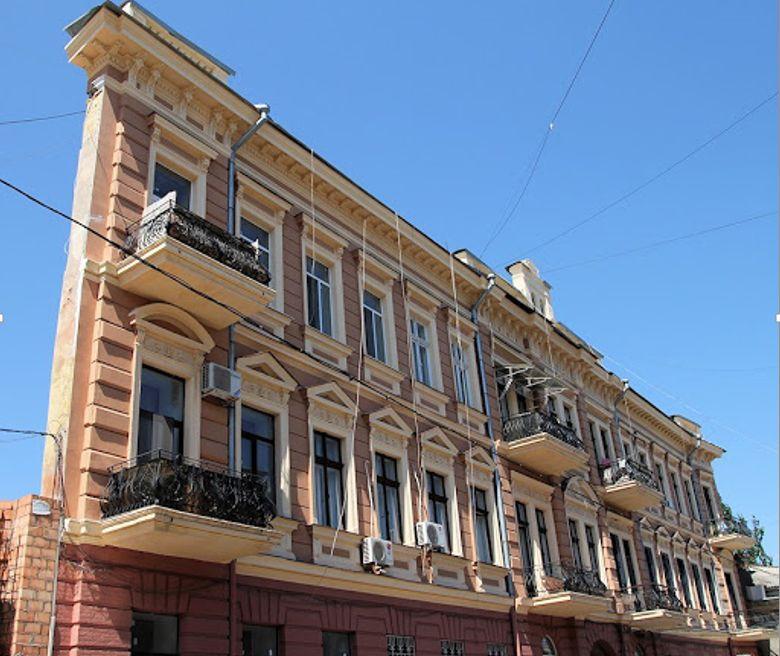 Дом-стена (Дом с одной стеной), Одесса