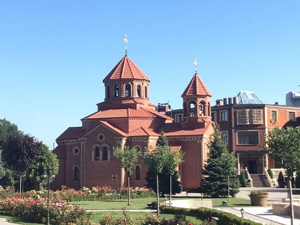 Храм Св. Григория (Армянская Апостольская церковь), (Гагаринское плато, 5, Одесса).