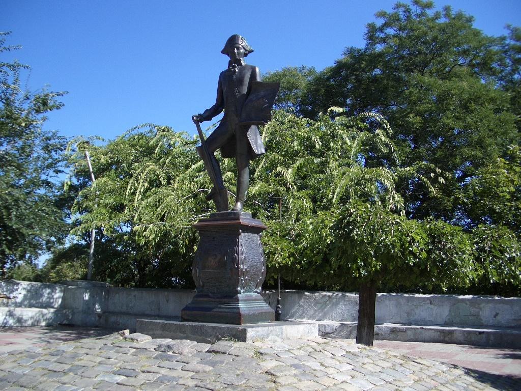 Памятник де Рибасу в Одессе