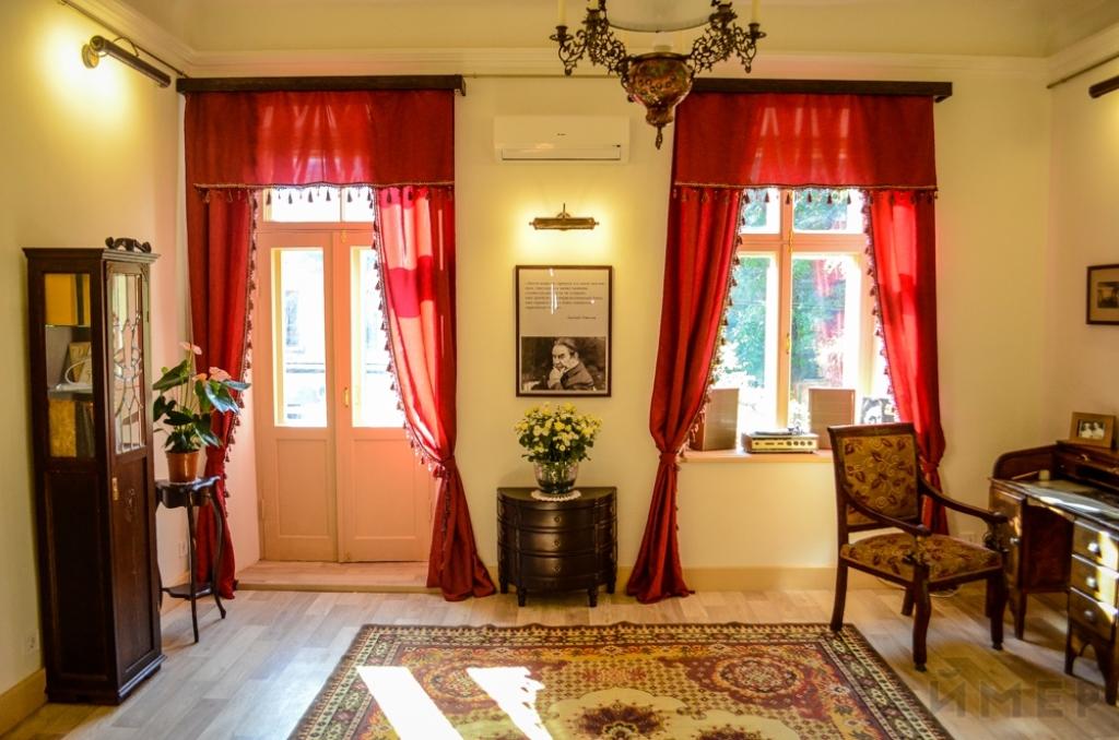 Комната в музее Лепнида Утесова