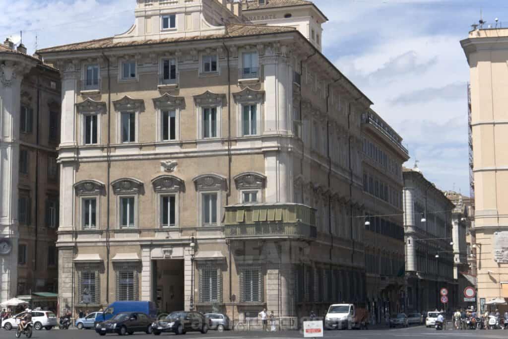 Палаццо Бонапарте (Palazzo Bonaparte)