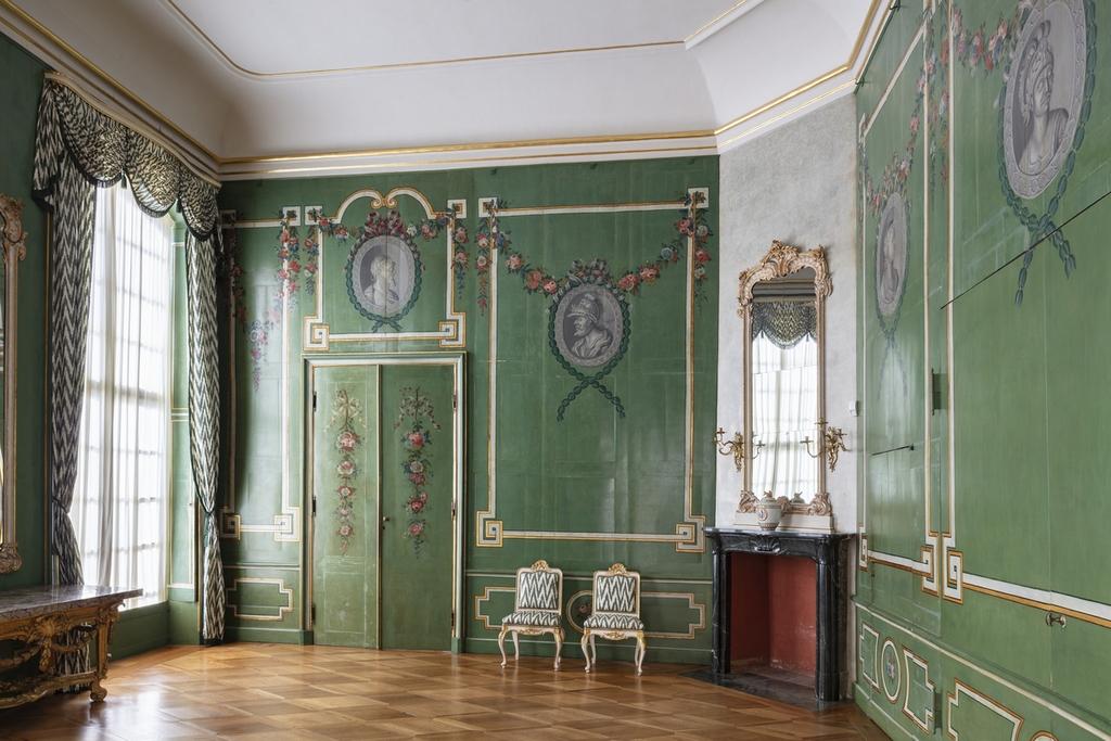 Зеленый лаковый кабинет в Новых покоях Сан-Суси