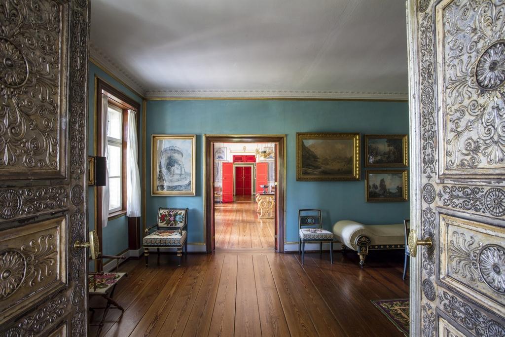 Гостиная во дворце Шарлоттенхоф