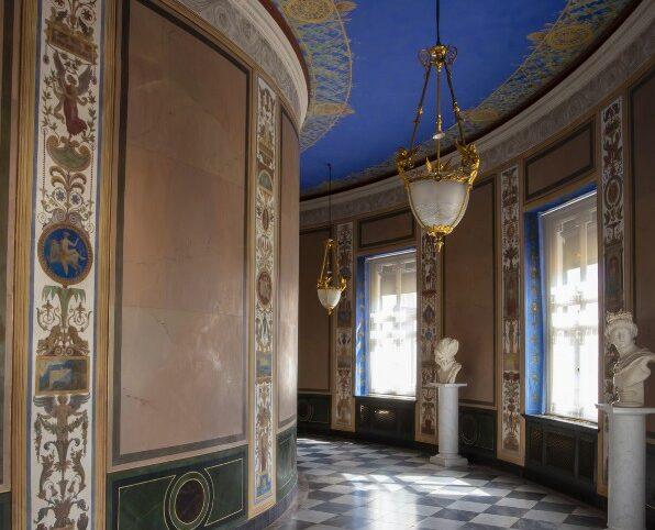 Соединительная галерея в Мраморном дворце