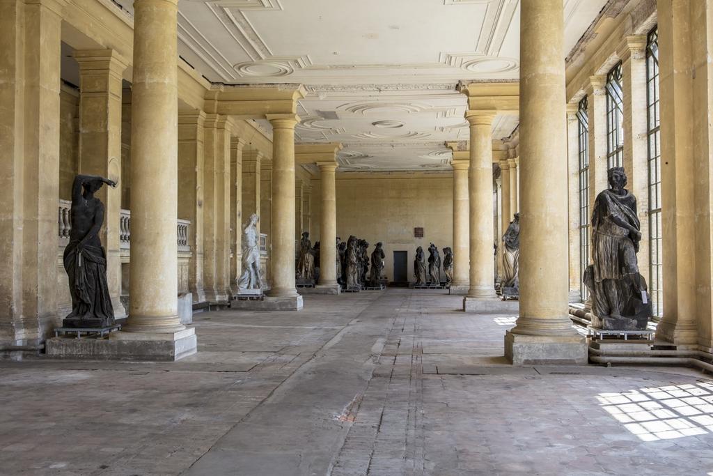 Восточный посадочный зал Оранжерейного замка