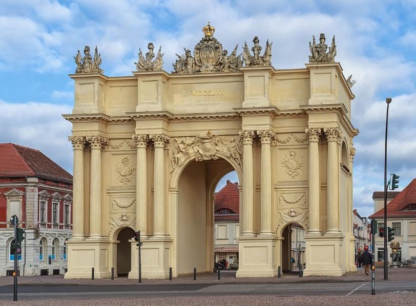 Бранденбургские ворота в Потсдаме (Brandenburger Tor in Potsdam)