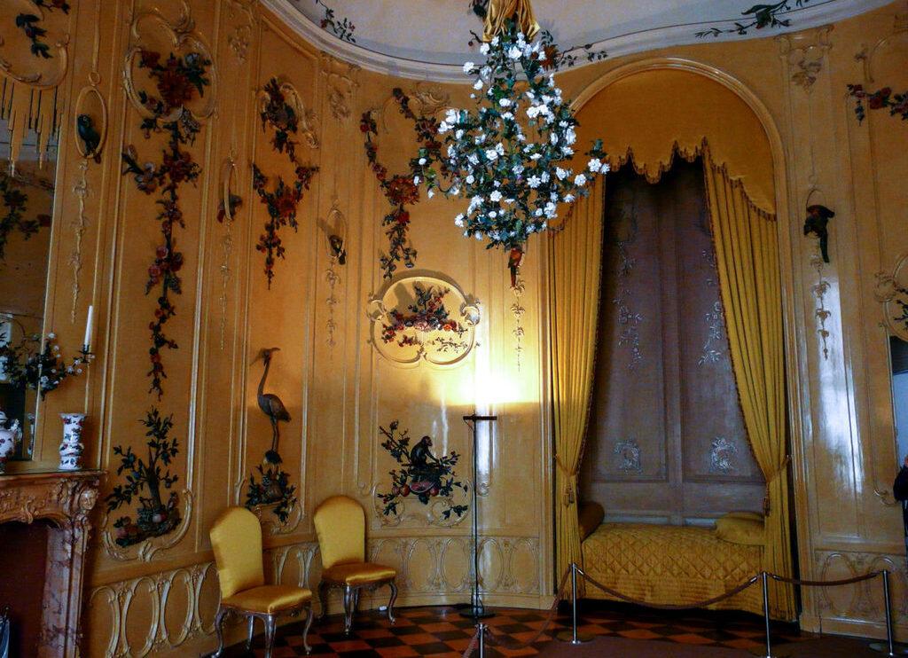 Спальня во дворце Сан Суси