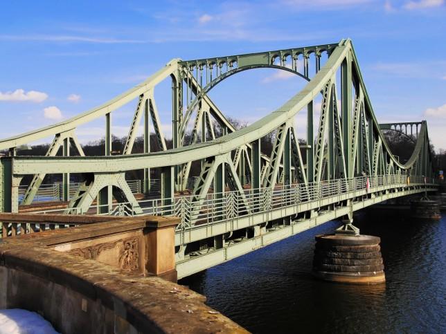 Шпионский мост - Мост Глинике