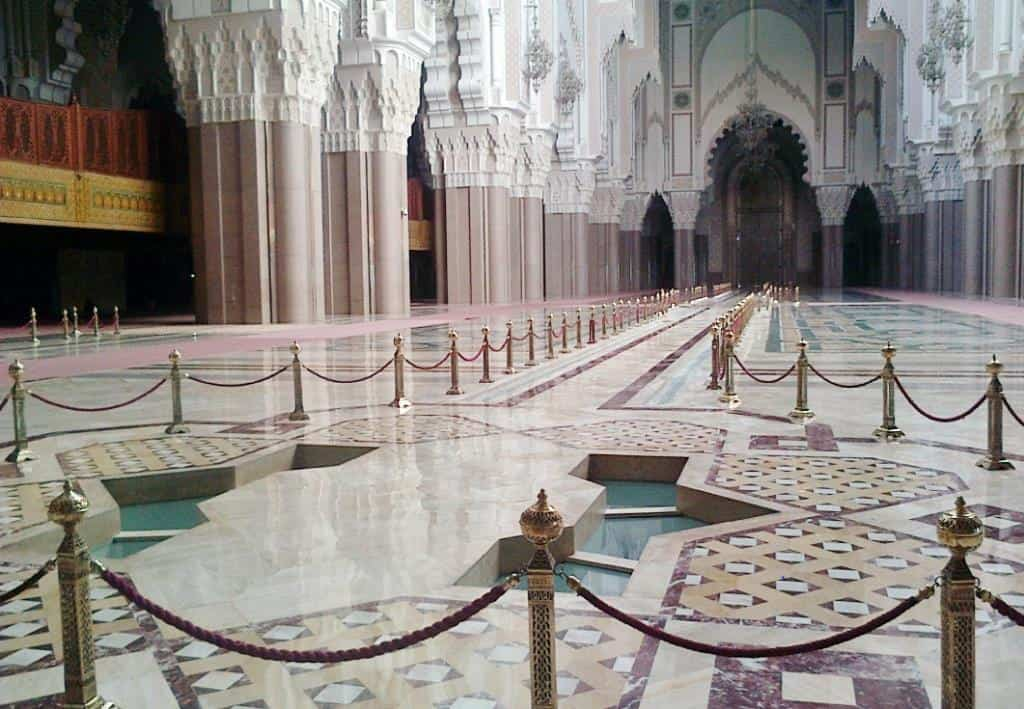 Молитвенный зал (Мечеть Хасана II)