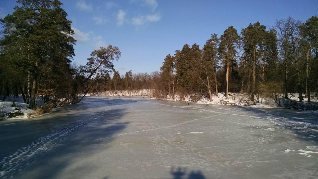 Озеро Горащиха во льду, Пуща-Водица