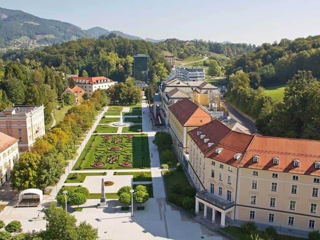 Рогашка-Слатина (Rogaška Slatina) – спа-курорт в Словении Рогашка-Слатина (Словения)