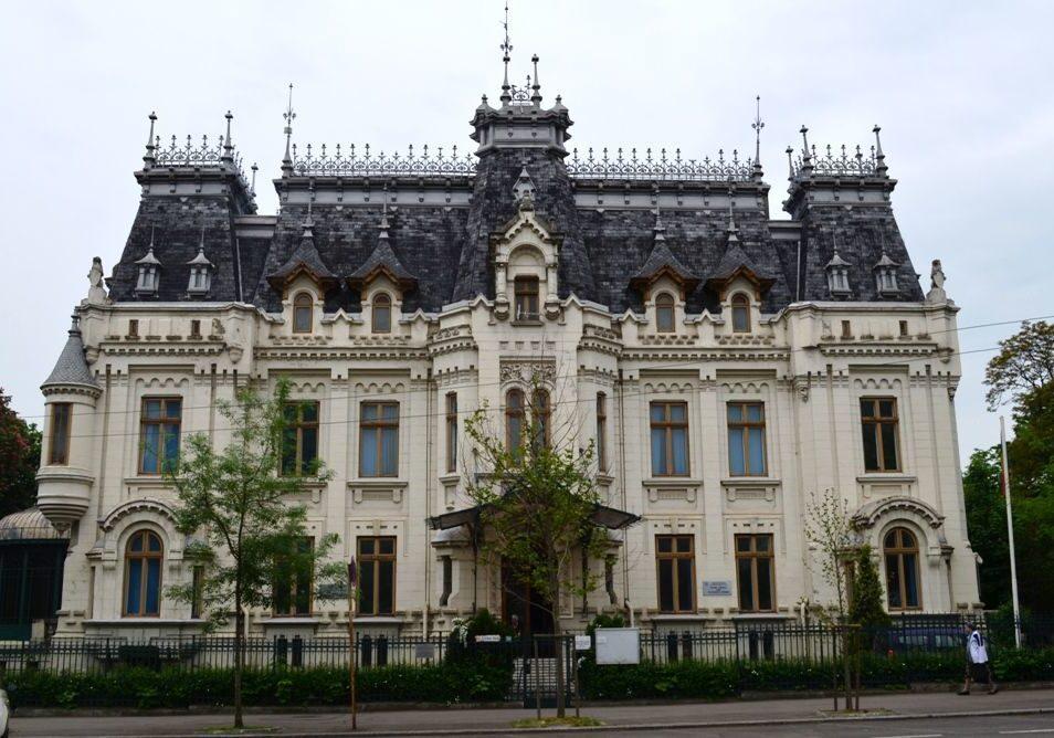 Дворец Крецулеску, Румыния
