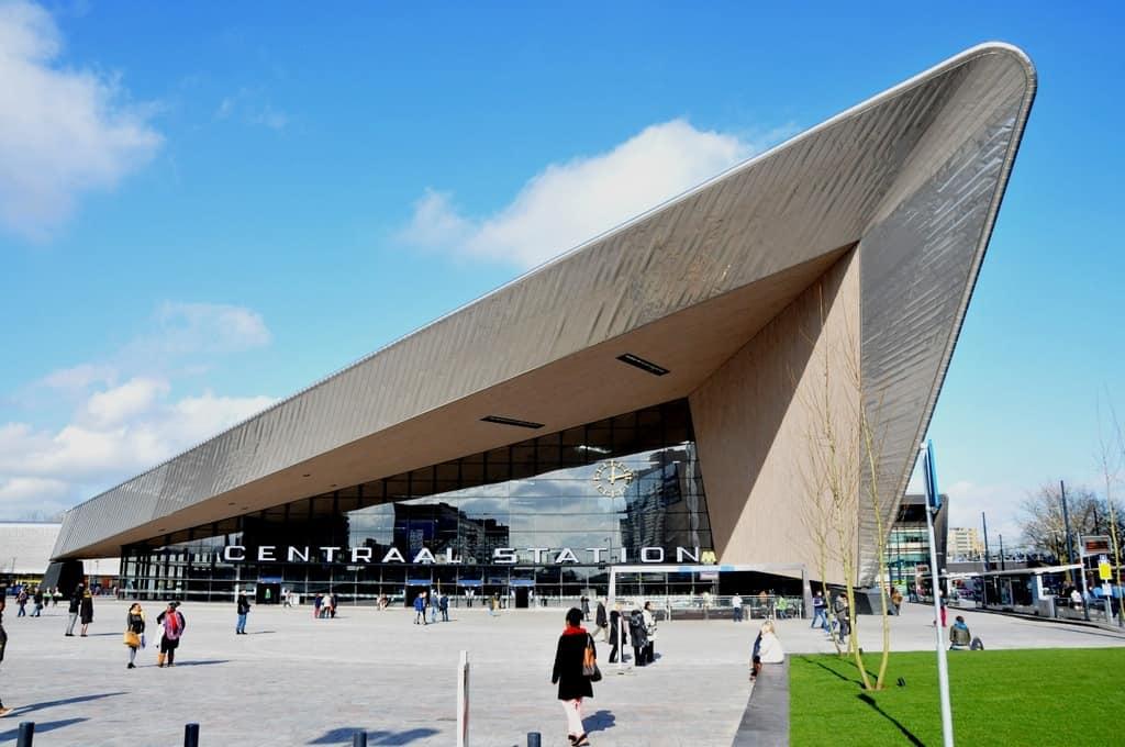 Центральный вокзал Роттердама Роттердам - Нидерланды