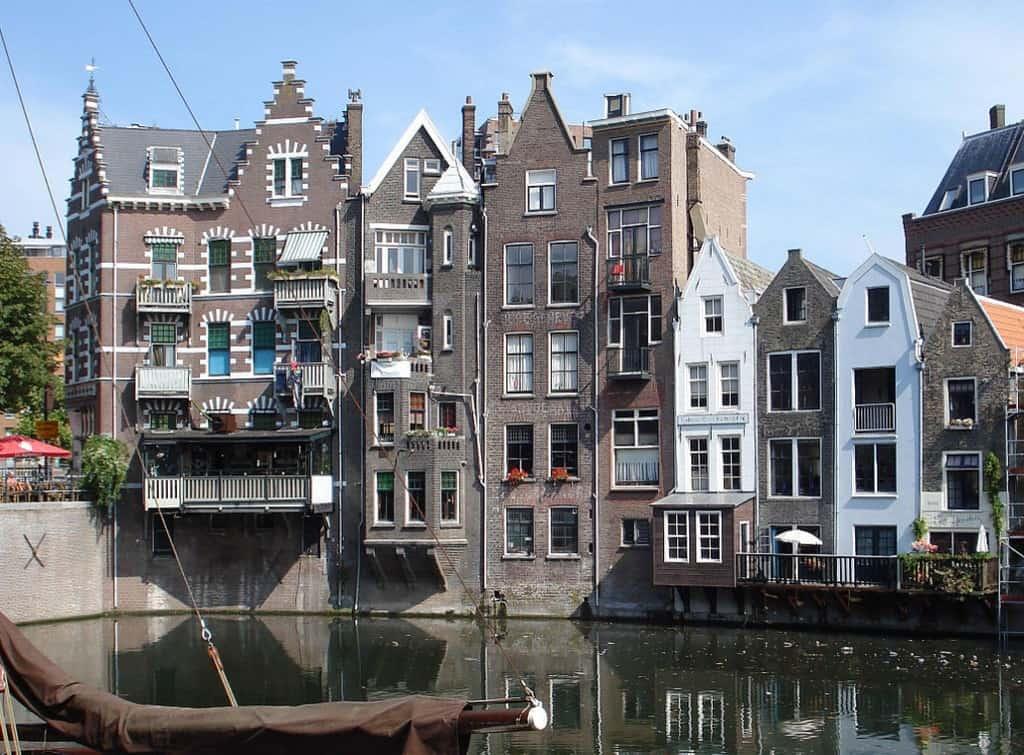 Старинный портовый квартал Дельфсхавен Роттердам - Нидерланды