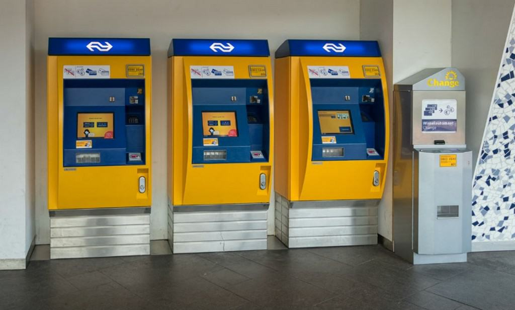 Автоматы - OV-chipkaart Роттердам - Нидерланды