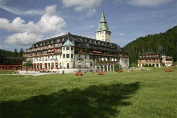 Замок Эльмау Бавария Германия