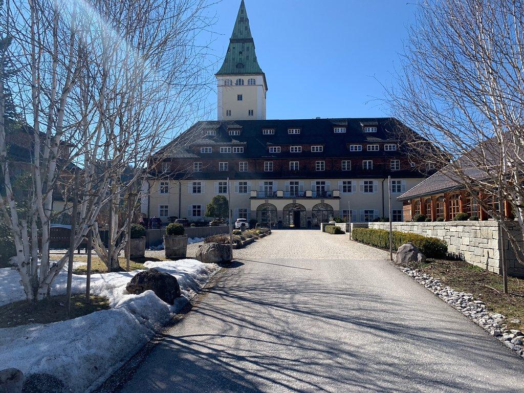 Замок Эльмау (Schloss Elmau)