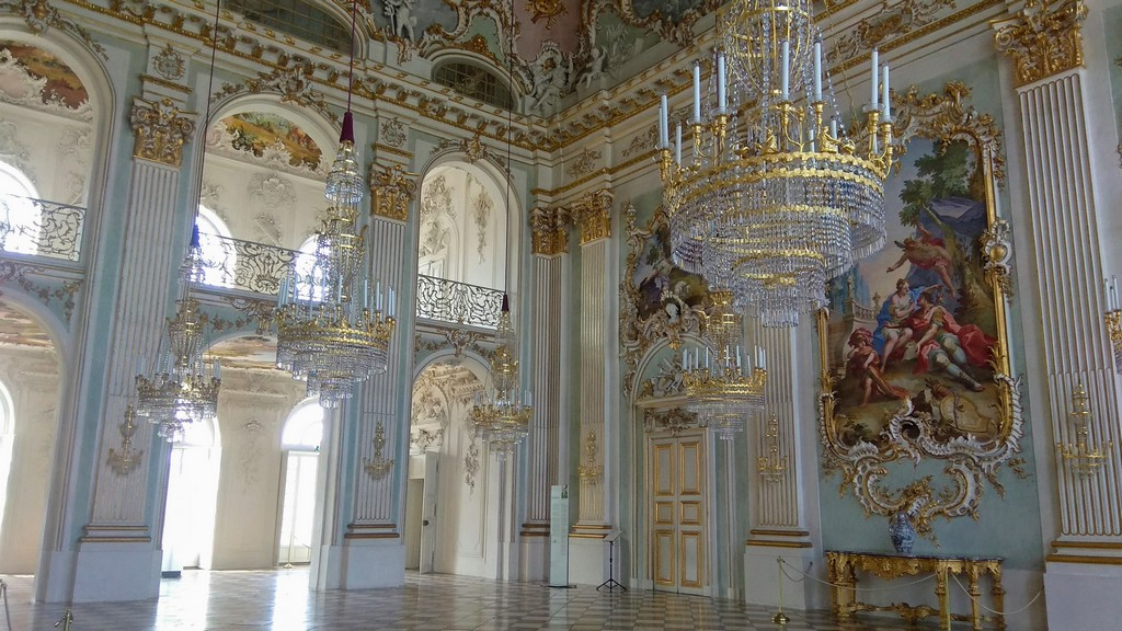Большой праздничный или каменный зал,  дворец Нимфенбург (Мюнхен)