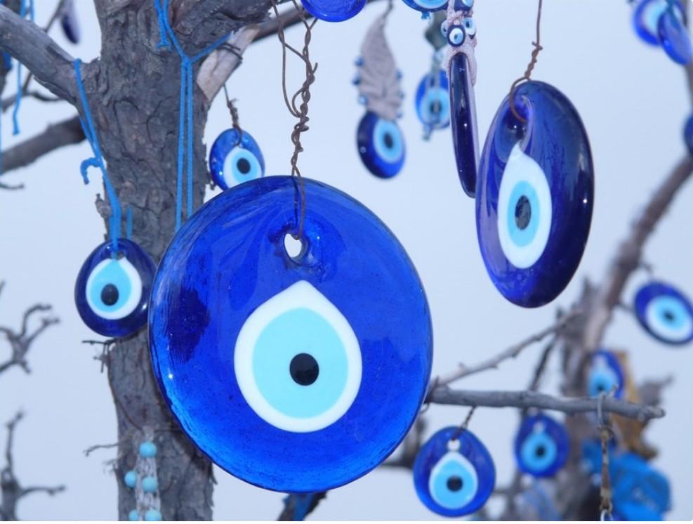 Турецкий амулет в виде глаза назар - «nazar boncuğu» - турецкие сувениры и подарки