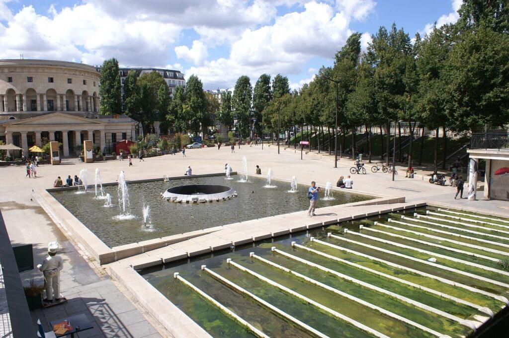 Площадь Сталинградской битвы в Париже ( Place de la Bataille-de-Stalingrad)