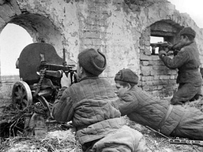 Бои за Сталинград, Сталинград героический город