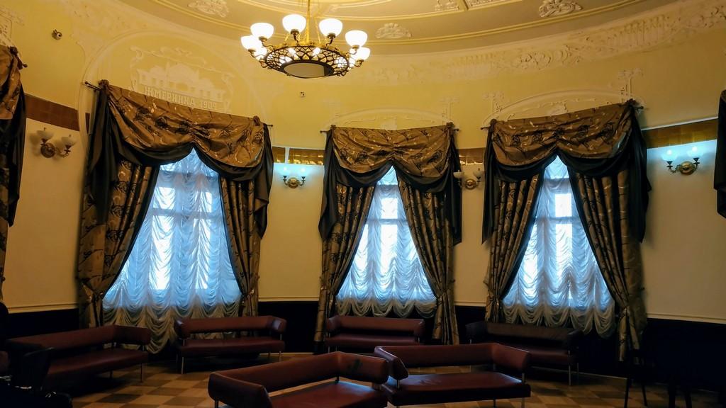 Зал для высокопоставленых лиц Жмеринского железнодорожного вокзала