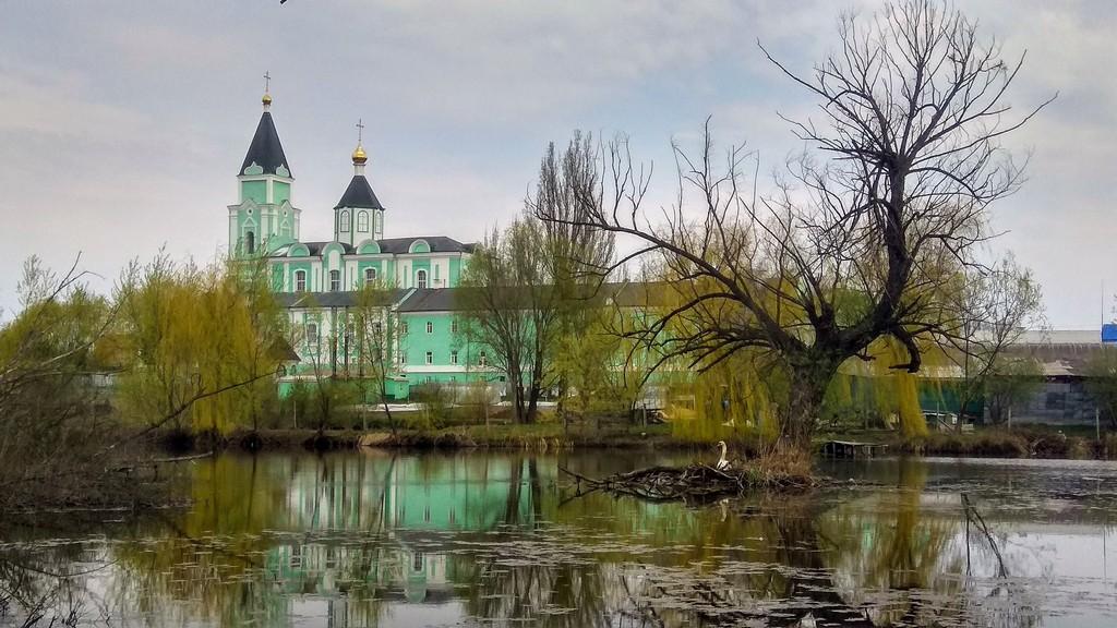 Свято-Троицкий Браиловский женский монастырь, Чайковский Браилов Украина