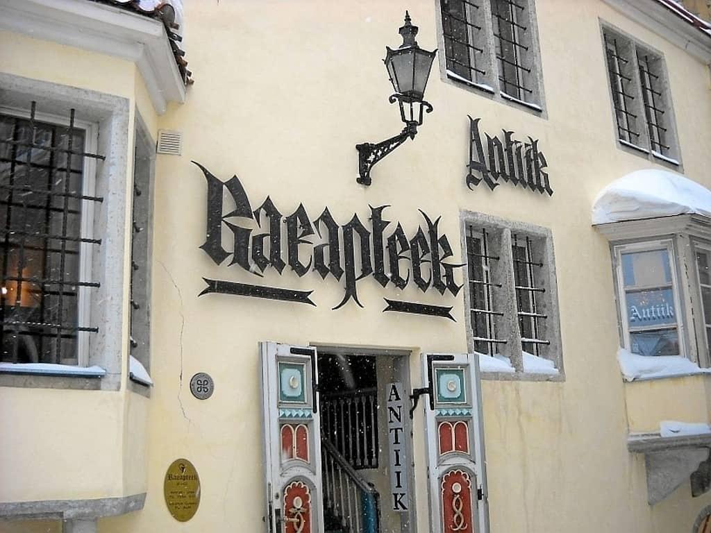 Ратушная аптека (Raeapteek) Таллин (Эстония)