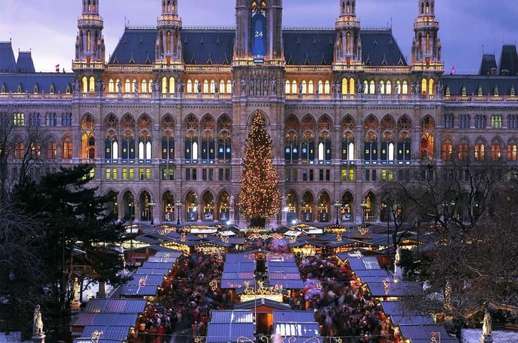 Ратушная площадь, Вена зимой (Новый год 2021)