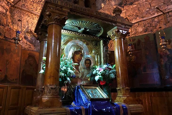 Иерусалимская икона Божьей Матери на Святой Земле