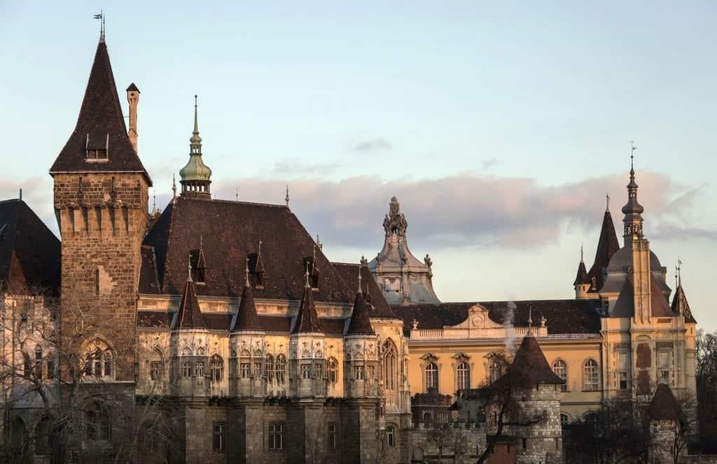 Замок Вайдахуньяд Будапешт (Венгрия)