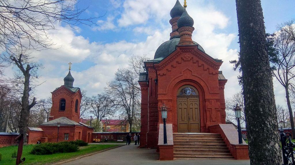 Николаевская церковь- усыпальница Н.И. Пирогова (1810-1881) по проекту В. И. Сычугова, 1884 (Винница - музей Пирогова)