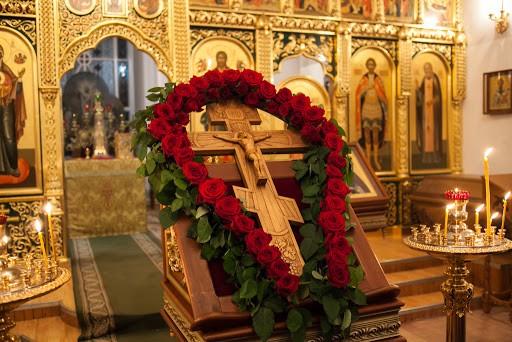Чествование Креста Христова как орудия победы над смертью, адом, сатаной, злом
