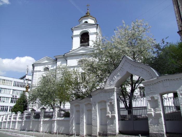 Крестовоздвиженская церковь на Подоле, Киев