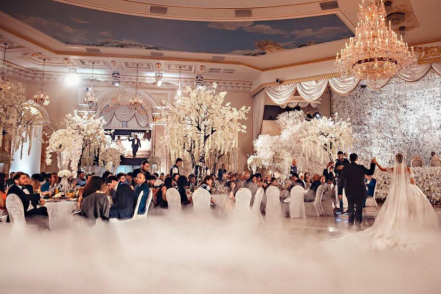 Банкетный зал для свадьбы в ресторане