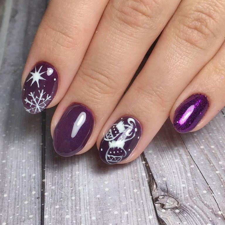 Фиолетовый новогодний дизайн
