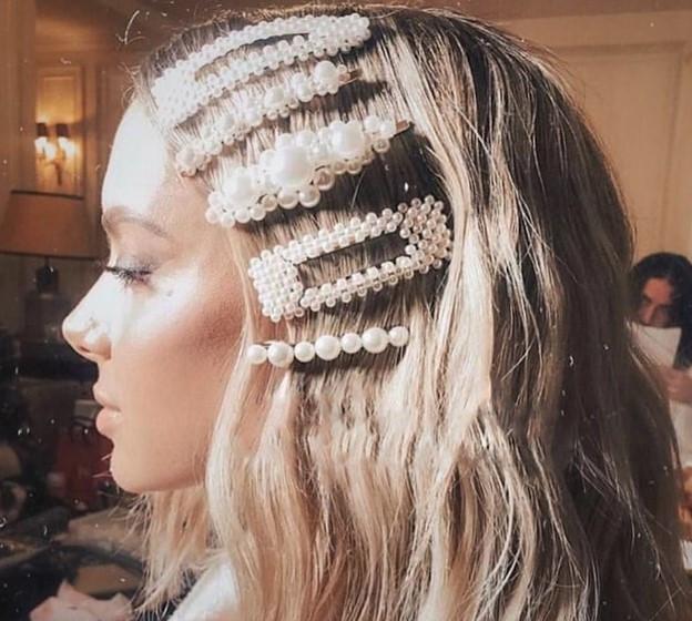 Заколка для волос с жемчугом